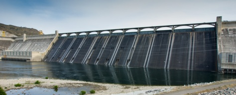 Grand Coulee Dam with dry spillways