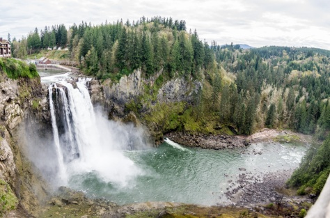 Wide view of Snoqualmie Falls