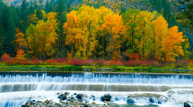 Fall Colors in Tumwater Canyon