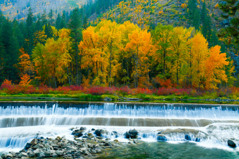 Fall Color in Tumwater Canyon